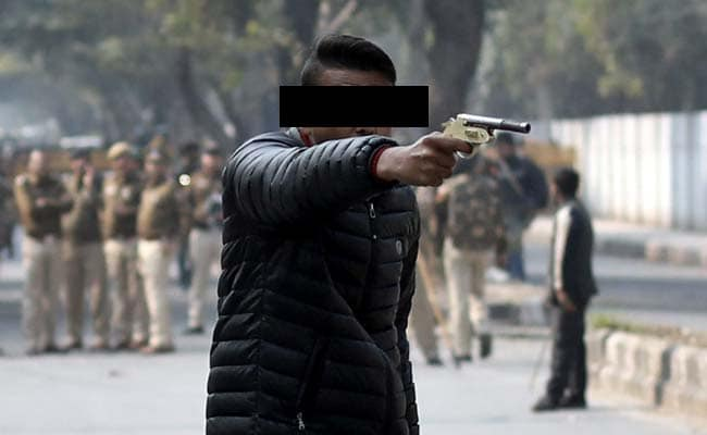 Protests Go Undettered At Jamia After Firing Incident