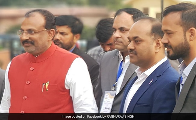 'Will Bury Alive' Those Who Raise Slogans Against PM Modi, Says UP Minister