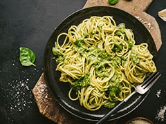 Whip Up Restaurant-Style Spaghetti In Pesto Sauce With This Quick And Easy Recipe
