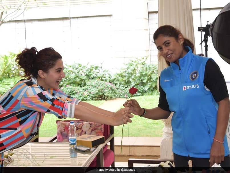 """""""Hit It Out Of The Park"""": Mithali Rajs Message To Taapsee Pannu After Biopic Poster Release"""