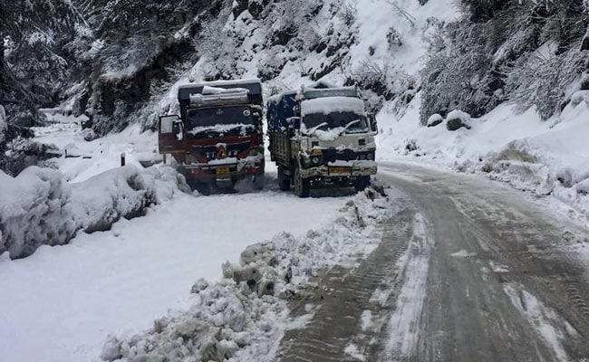 Fresh Snow In Shimla; Manali, Dalhousie Shiver At Sub-Zero Temperatures