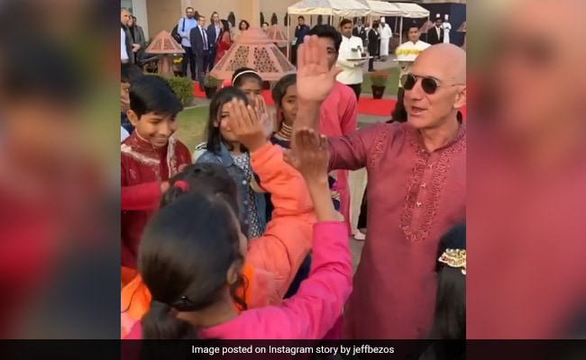 Jeff Bezos High-Fives 'Instructors' After Kite-Flying In Delhi. Watch