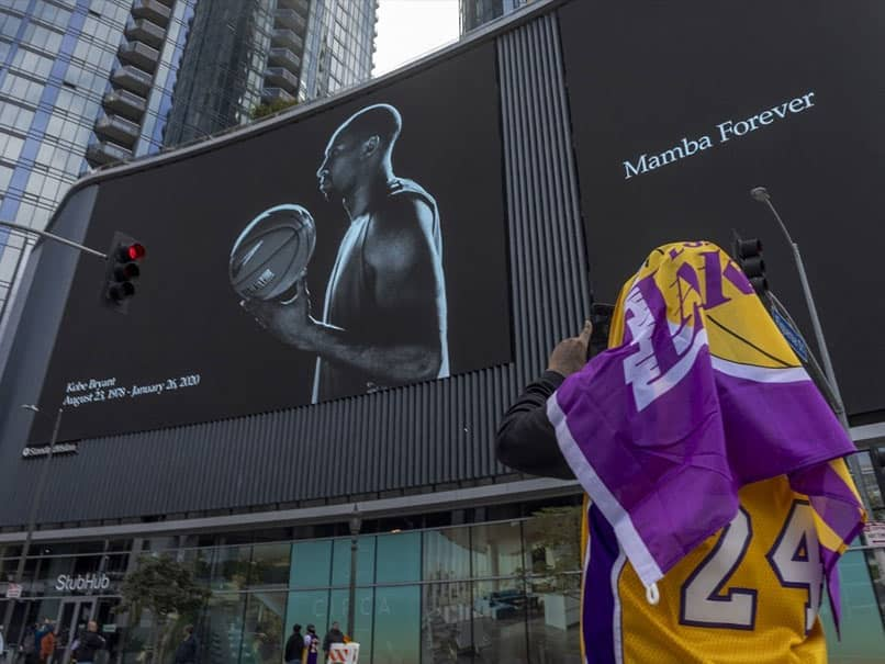 NBA Postpones Tuesdays LA Lakers Game After Kobe Bryants Death