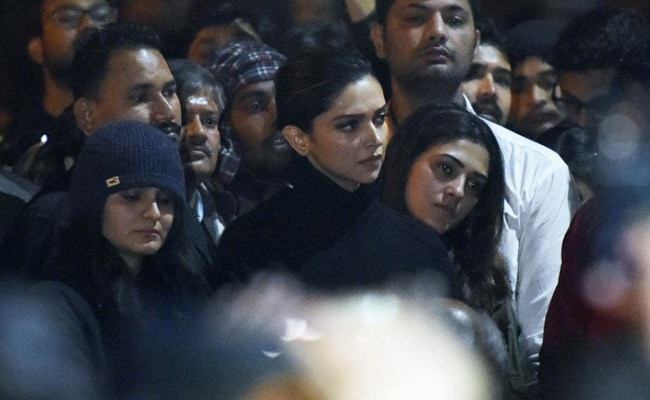 'Deepika Padukone Should Stop Acting Like Warrior Mastani': BJP Leader
