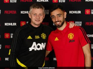 Manchester United Sign Midfielder Bruno Fernandes From Sporting Lisbon