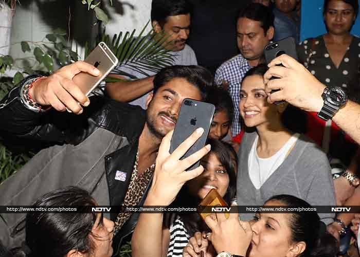 Deepika Padukone Gets Surprise Hugs By Little Fans, Shares ...