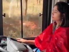 महिलाओं को बस ड्राइवर बनने के लिए IAS अधिकारी ने किया प्रेरित, खुद चलाकर दिखाई वॉल्वो, देखें Video