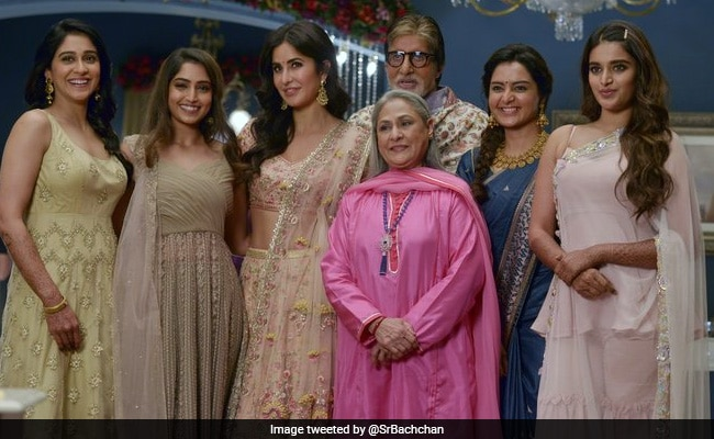 Viral: Amitabh Bachchan With 'Ladies At Work' Jaya Bachchan And Katrina Kaif. See Pic