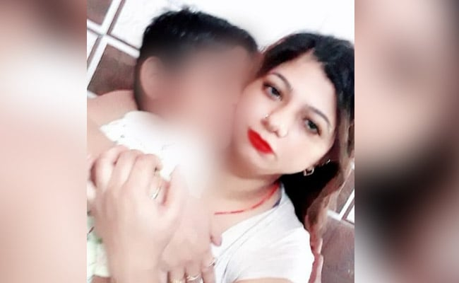 Delhi Woman, 12-Year-Old Son Found Stabbed To Death At Home