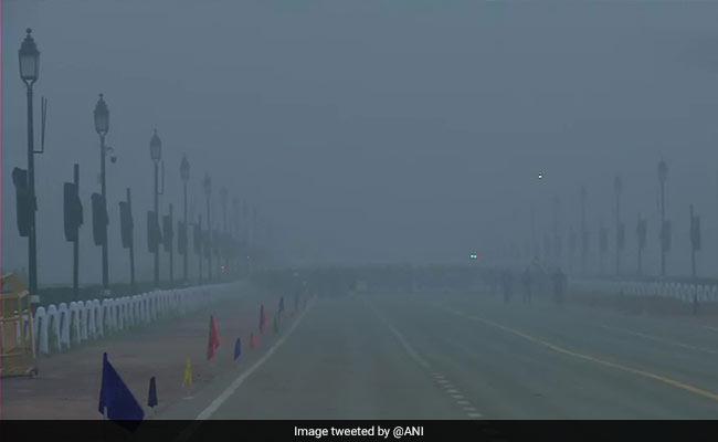 Visibility Below 100 Metres As Dense Fog Engulfs Delhi, 20 Trains Delayed