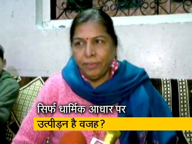 Videos : रवीश कुमार का प्राइम टाइम : सिर्फ उत्पीड़न की वजह से पाकिस्तान से आए हिंदू?