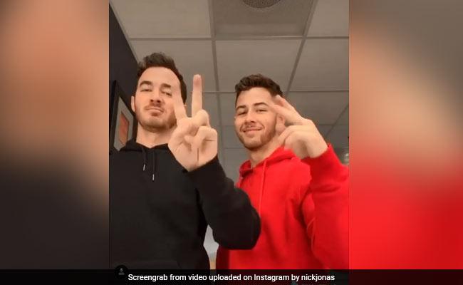 Nick Jonas, Kevin Jonas Take Up TikTok Hand Emoji Challenge - Watch Video