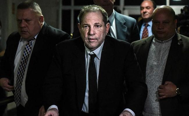 Judge Threatens Harvey Weinstein With Jail For Texting In Court