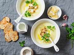 How To Make Restaurant-Style Broccoli Soup At Home