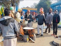 Sikh Farmers From Punjab Come To Cheer Shaheen Bagh Women, Cook Langar