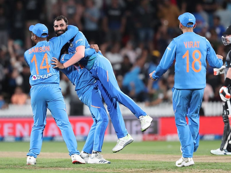"Virender Sehwag Praises ""Unbelievable Effort From Mohammed Shami"" After India Clinch T20I Series Against New Zealand"