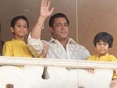 सलमान खान पूरे परिवार के साथ 21 दिन के लिए बंद हो चुके हैं इस जगह पर, कुछ ऐसे बिता रहे हैं समय