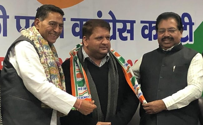 AAP MLAs Adarsh Shastri, Jagdeep Singh Quit After Denial Of Ticket