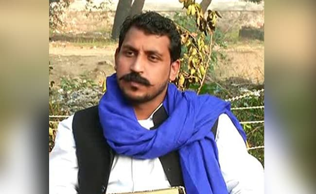 Bhim Army Chief Stages Dharna After Police Stop Him From Meeting Unnao Victim