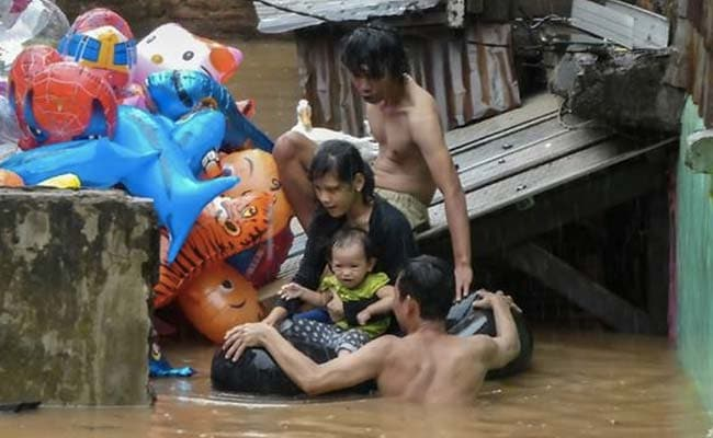 Flood-hit Jakarta Residents Sue Governor Over Damage, Slow Rescue