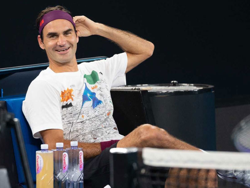 Australian Open Roger Federer Plays Hide And Seek With His