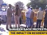 Video : Cops Vs Protesters: Who Is Behind The Roadblocks At Delhi's Shaheen Bagh?