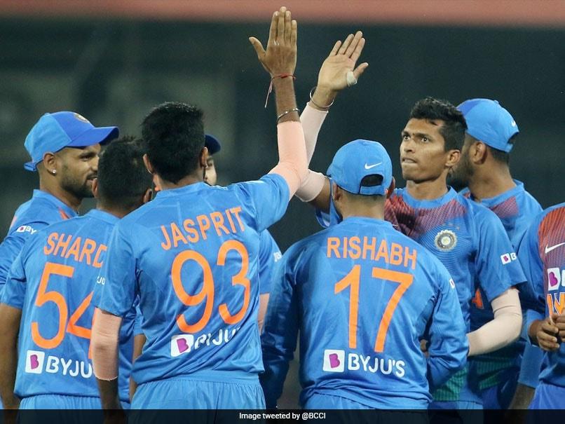 India vs Sri Lanka 2nd T20I:  टीम इंडिया के जोरदार खेल के आगे श्रीलंका पस्त, सात विकेट से हारा...