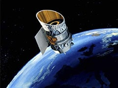 Two Defunct Satellites Speed Past Each Other, Narrowly Miss Collision