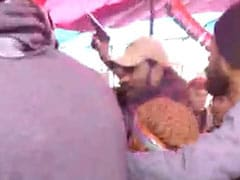 Man Flashing Gun Caught At Delhi's Shaheen Bagh Protest