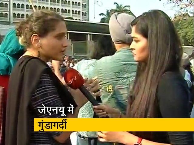 Videos : पक्ष-विपक्ष: JNU हिंसा के बाद मुंबई के गेटवे ऑफ इंडिया पर प्रदर्शन