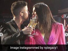 प्रियंका चोपड़ा और निक जोनास ने रोमांटिक अंदाज में किया नए साल का स्वागत, Photo और Video हुए वायरल