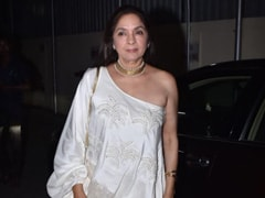 Neena Gupta, Now Flooded With Work, Recites '<I>Mera Time Chhorke Gaya Hi Kab Tha</I>'