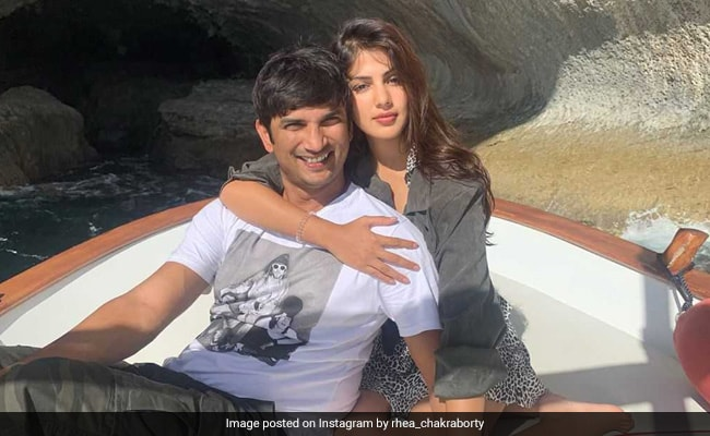 Rhea Chakraborty Just Made It Instagram Official With Sushant Singh Rajput On His Birthday
