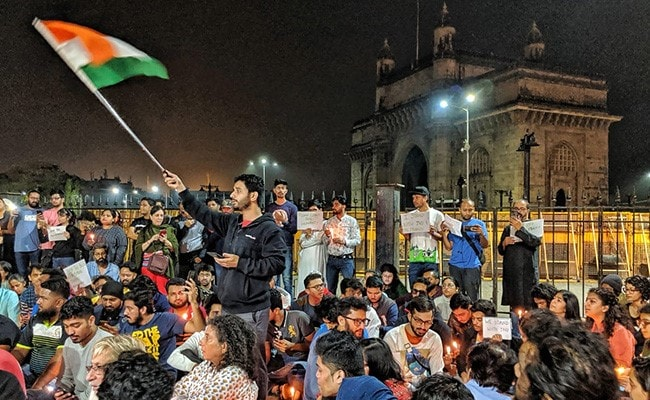 Mumbai Students 'Occupy Gateway' To Protest Against JNU Mob Attack