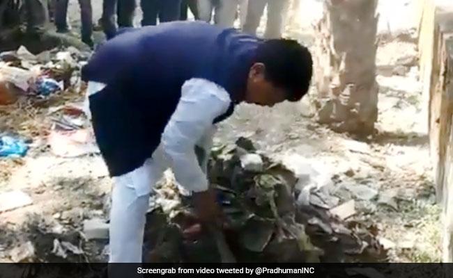 Watch: Madhya Pradesh Minister Picks Up Spade, Clean Dry Waste