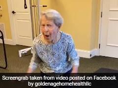 अस्पताल से घर लौटी 91 साल की महिला, किया जबरदस्त डांस, देखें Video