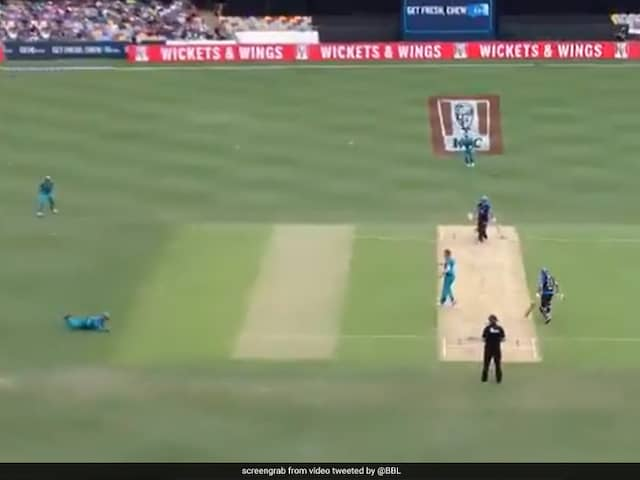 Watch: AB de Villiers Takes Sharp Catch On Big Bash League Debut
