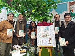 पुस्तक मेले में 'कश्मीर और कश्मीरी पंडित' और 'माटी मानुष चून' का लोकार्पण