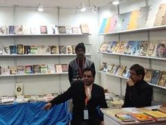 दिल्ली पुस्तक मेले में लगा महात्मा गांधी अंतरराष्ट्रीय हिंदी विश्वविद्यालय का स्टाल