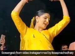Sapna Choudhary Video: सपना चौधरी ने डांस और एक्सप्रेशंस से यूं मचाया धमाल, इंटरनेट पर Video की धूम