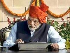 PM Modi Stays With Signature <i>'Safa'</i> On 71st Republic Day