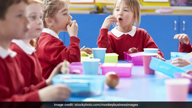 Packed Lunches In Your Child's Tiffin Lack Nutritional Values: Study
