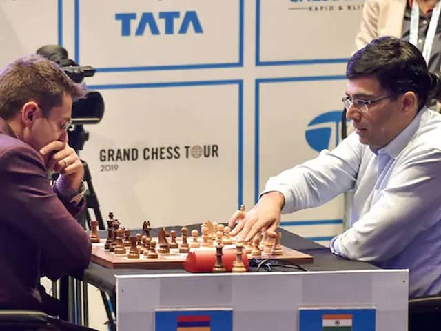 Viswanathan Anand Plays Another Draw As Magnus Carlsen Breaks World Record