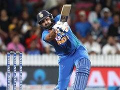 IND vs NZ: रोहित शर्मा ने 2 छक्के जड़कर दिलाई भारत को जीत, तो 'रंग दे बसंती' के एक्टर बोले- कॉमेंट्री टीम को...