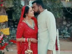 Mona Singh Takes Us Back To Her Wedding On One Month Anniversary Mona singh looked stunning in a red lehenga. mona singh takes us back to her wedding