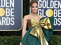 Golden Globes 2020: Twitter Has A Lot To Say About Jennifer Lopez's Red Carpet Outfit