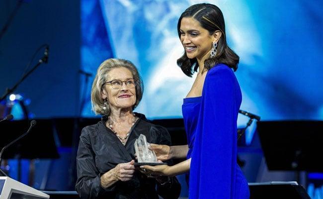 Deepika Padukone Quotes Martin Luther King To Talk Mental Health At Davos