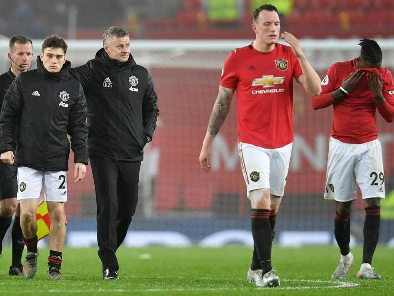 """Embarrassing"" Manchester United Suffer Fresh Woe, Tottenham Boost Top Four Bid"