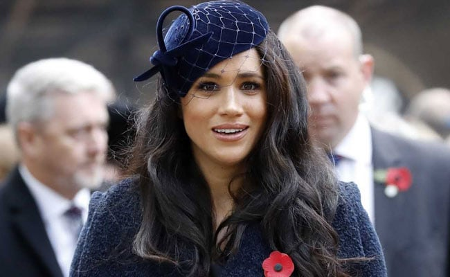 it s good to be home says meghan markle as she finds her voice in us news chant she finds her voice