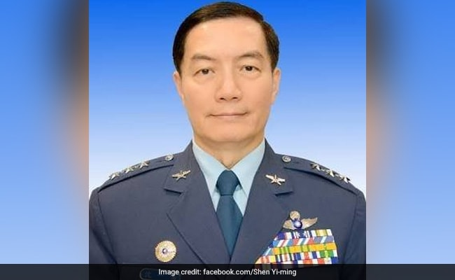 Taiwan Top Military Chief, 7 Others Killed In Chopper Crash
